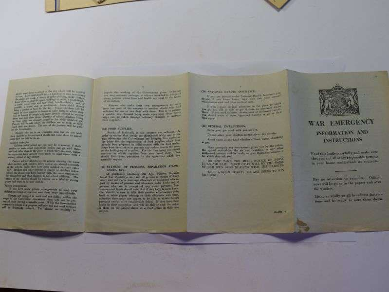 114) Early WW2 War Emergency Information & Instructions 8 Page Leaflet