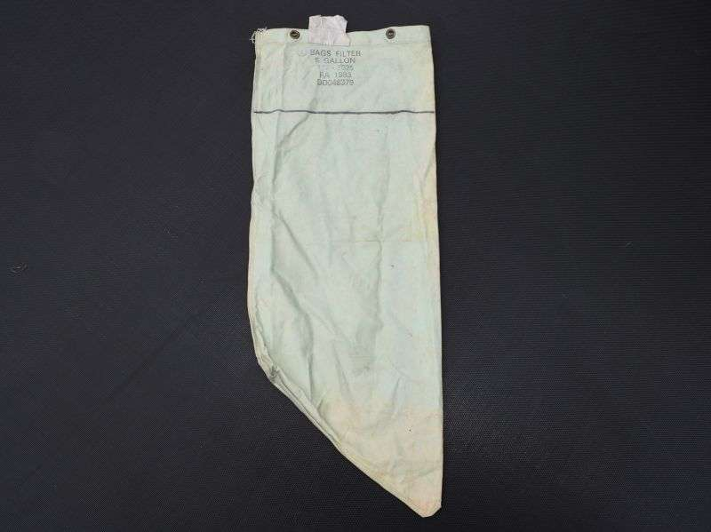25) WW2 Pat British Military Tropical Issue 5 Gallon Water Filter Bag