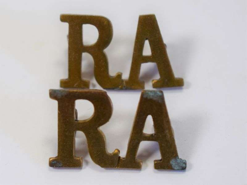 49) Original WW1 WW2 Royal Artillery Shoulder Title Pair