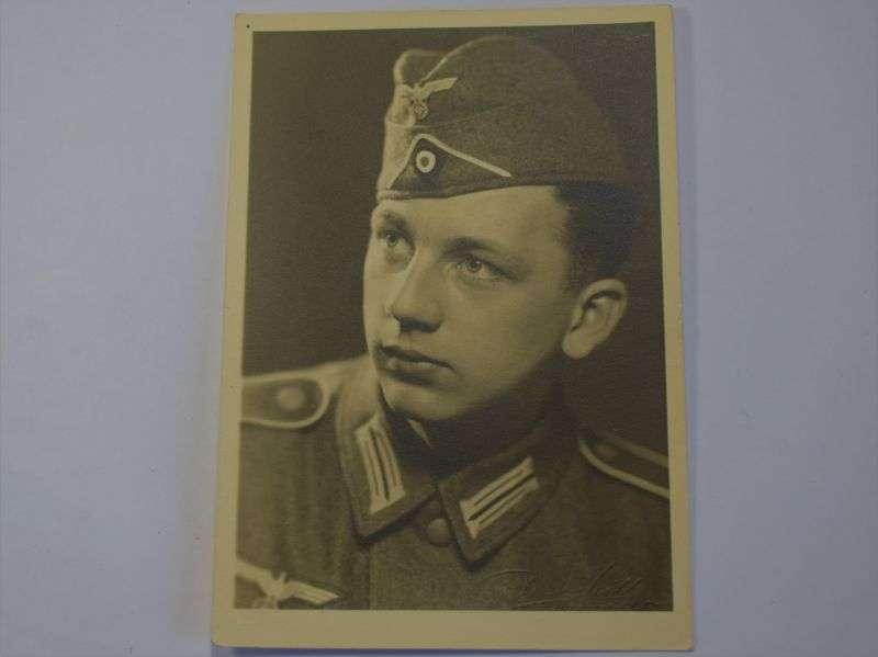73) Original WW2 German Portrait Photo of Young Soldier
