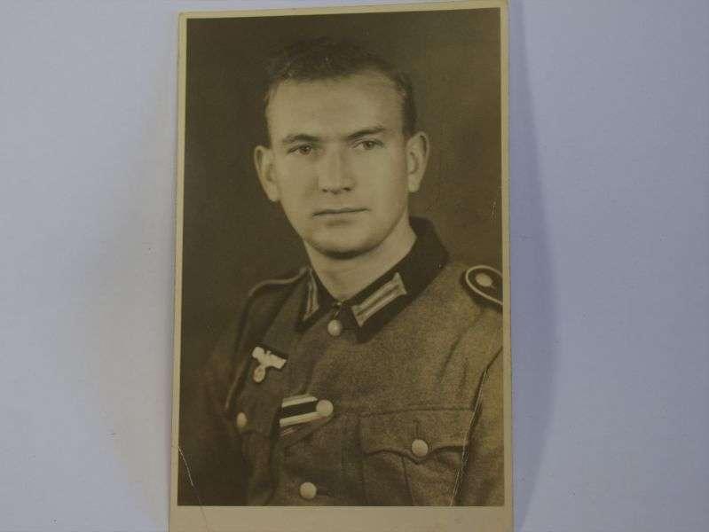 75) Original WW2 German Portrait Photo of Soldier