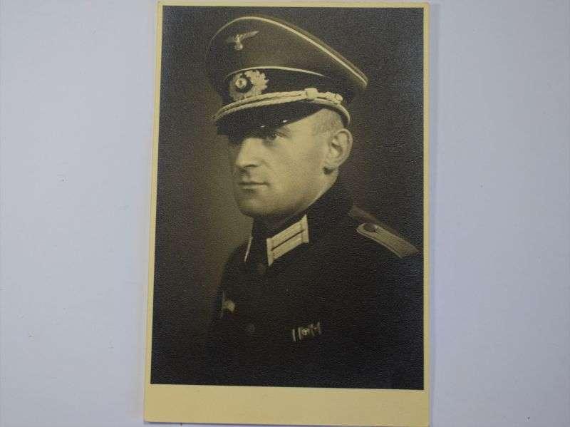 76) Original WW2 German Army Portrait Photo of an Officer