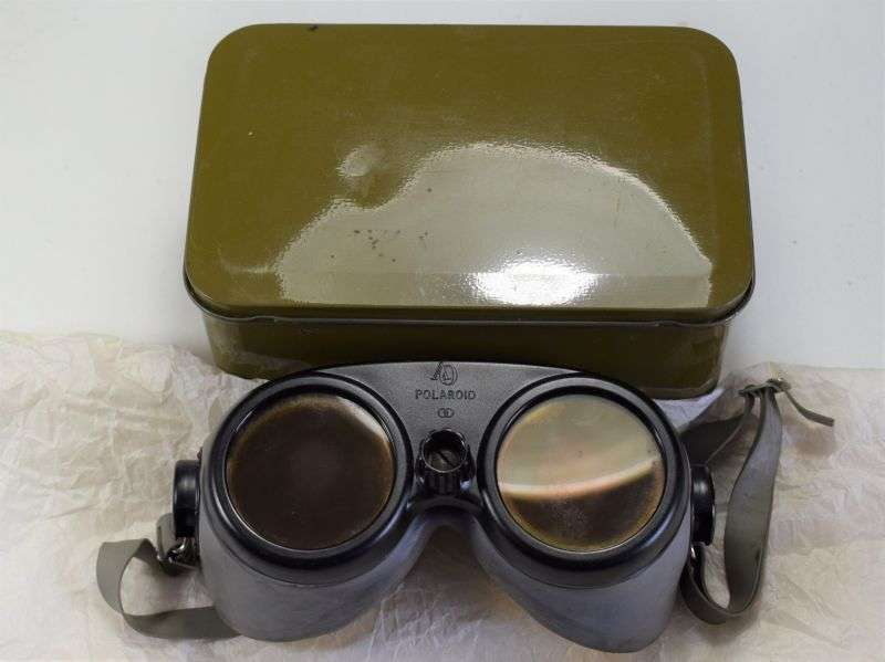 12) Original WW2 USAAF Variable Density Polaroid Goggles & Tin