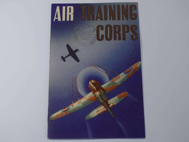 20) Good Original Wartime Air Training Corps Recruitment Pamphlet