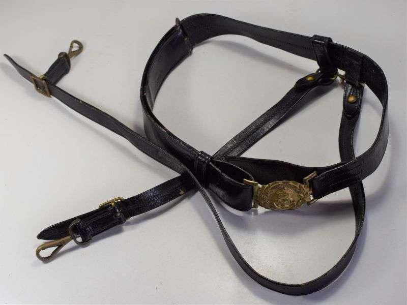 28) Excellent WW1 WW2 Royal Navy Officers Sword Belt