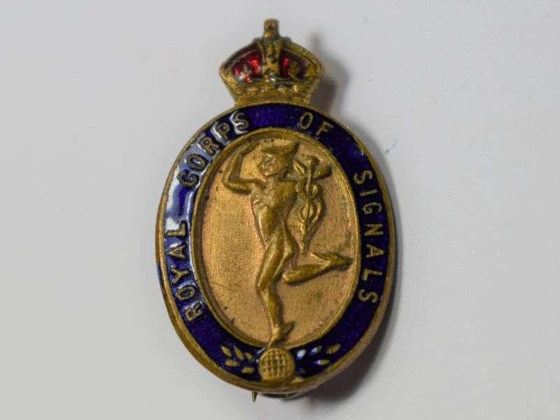 39) Good Original WW2 Royal Corps of Signals Sweetheart Brooch