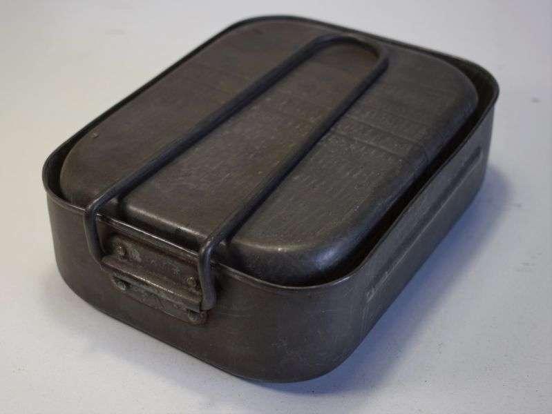 50) Original Late WW2 British Steel Mess Tins Dated 1945