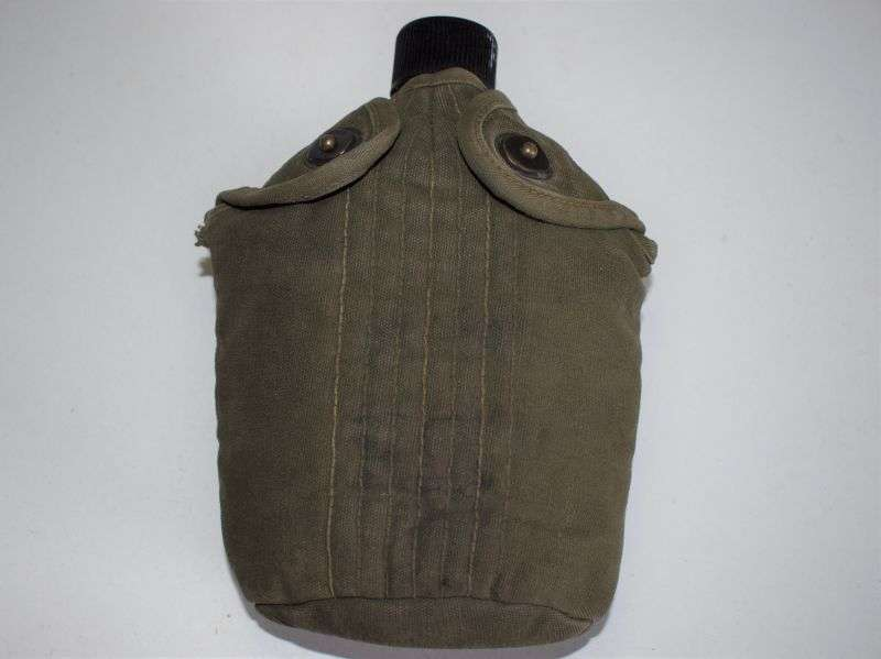 75) Original WW2 US Army Canteen & Cover Both Dated 1945