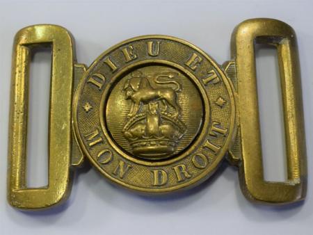 129) Good Original WW1 WW2 General Service Belt Buckle