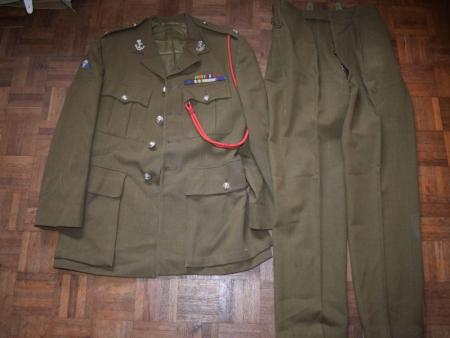 7) Post WW2 Officers SD Jacket & Trousers Duke of Wellingtons West Riding Regt