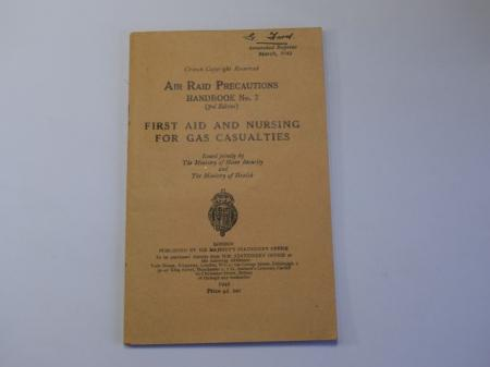 142) Excellent Original ARP Handbook No2 First Aid & Nursing for Gas Casualties