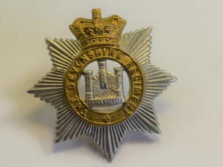 32 Original Victorian The Devonshire Regt Bi-metal Cap Badge