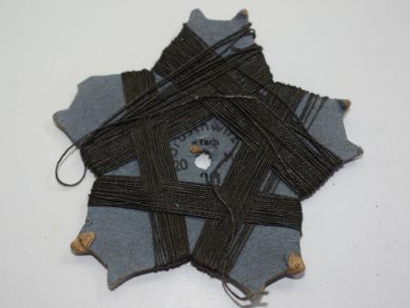 GD4) Original WW2 German Card Wheel of Grey Uniform Thread