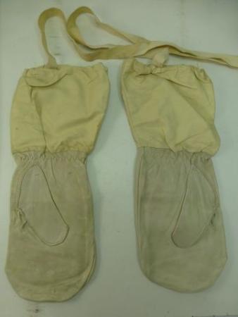WW2 British Army Snow Camo Cold Weather Gloves