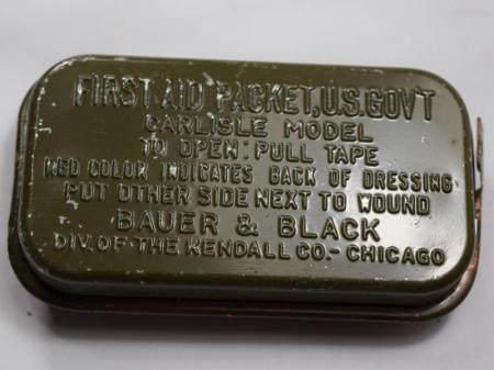 WW2 US Army Carslile Dressing First Aid Packet Tin & Contents