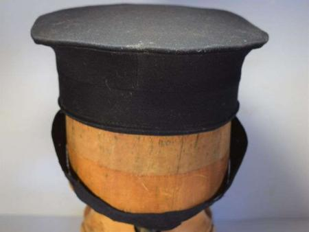 43) Late WW2 – 1950s Royal Navy Ratings Oval Cap Large Size
