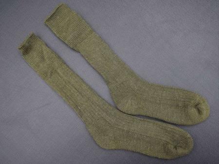 140) Post WW2 British Army Issue Socks 1950s-60s?