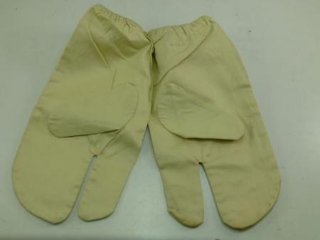 1943 British Army windproof Snow Camo Gloves
